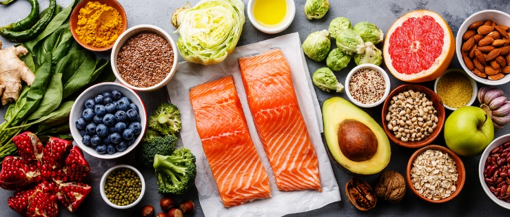 A well-balanced diet that includes meat, vegetables, fruits, legumes is best for iron deficiency