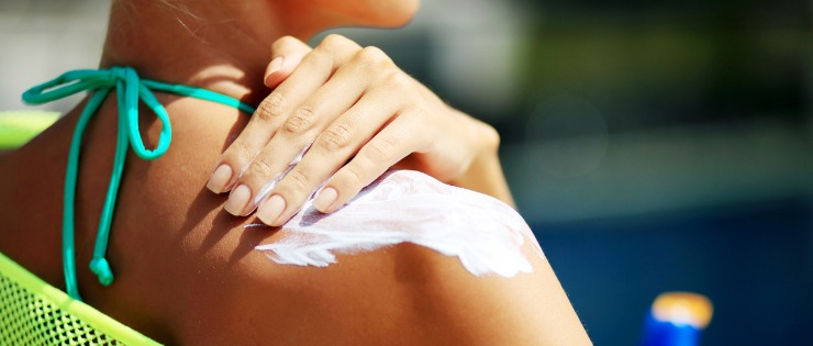 What's In Your Sunscreen? A Guide to Natural and Non-Toxic Sunscreen