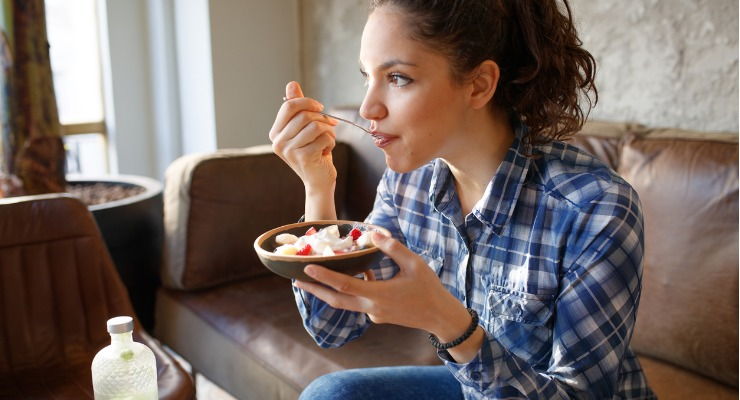 Eating yoghurt and fruit can help you recover from a cold or the flu