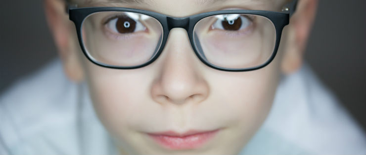 What Age Should Your Child Start Wearing Contact Lenses?